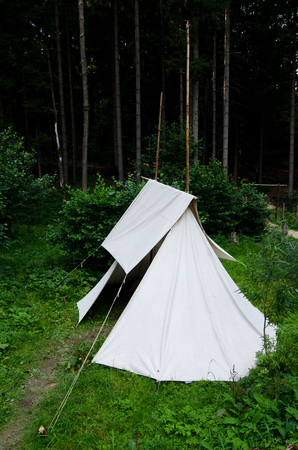 tramping: historical tent
