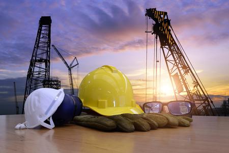 Standaard bouwveiligheid en bouwwerfachtergrond. Stockfoto