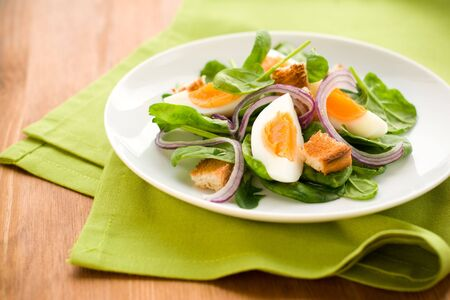 croutons: salad with spinach,eggs and croutons