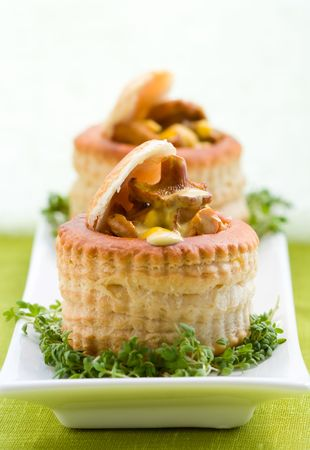 vol-au-vents puff pastry cases filled with mushrooms Stock Photo - 6980028