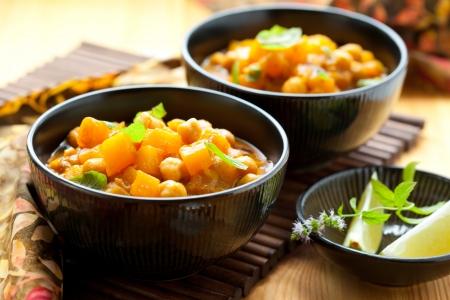 Zucca al curry con ceci