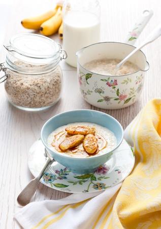 Porridge with honey and caramelised  bananas photo