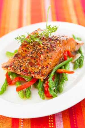 Salmon fillet with asparagus and red bell pepper Stock Photo - 18514992