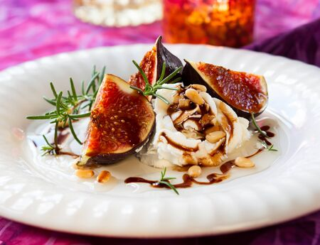 figs with ricotta,honey and balsamic photo