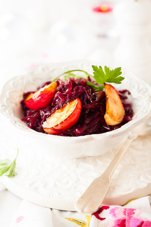 red braised: Braised red cabbage with apples for Christmas