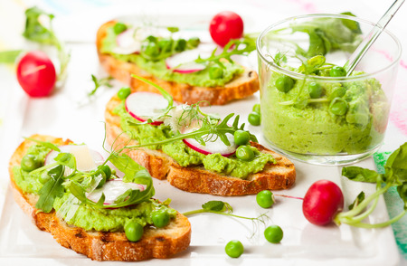 bean sprouts: Crostini with pea puree,radish,rocket and cheese