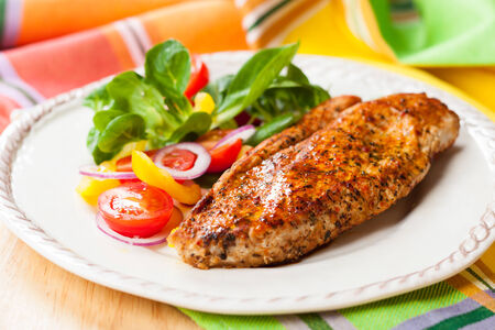 red breast: Grilled Turkey Breast with salad