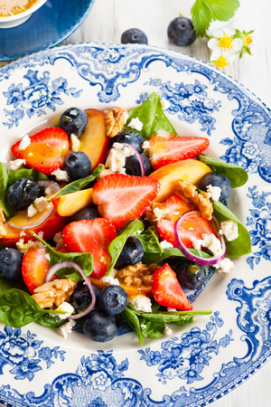 Spinach and Fruit Salad with Honey Mustard Vinaigrette