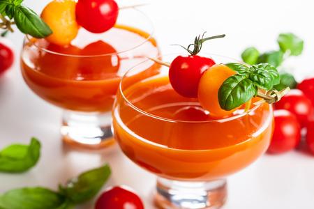 gaspacho: Delicious cold Tomato-Melon Gazpacho soup