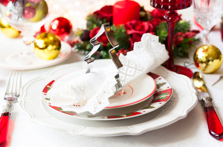 christmas catering: Festive table setting with Christmas decorations