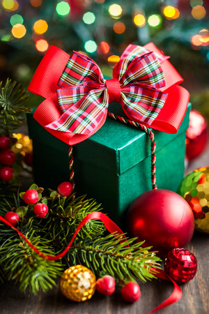 Christmas gift box with decorations Imagens