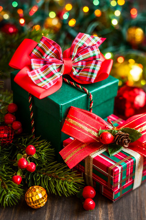 Christmas gift boxes with decorations Imagens