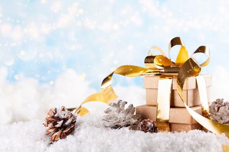 Christmas gift box 版權商用圖片