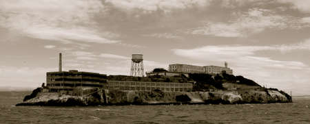 alcatraz: S: Francisco, Alcatraz Editorial