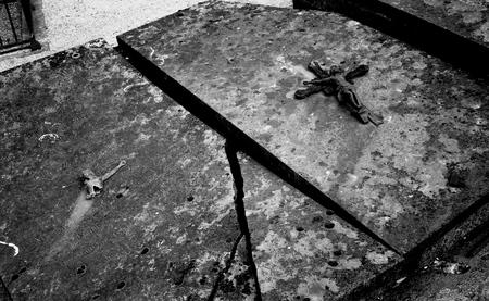Tomba di un cimitero Archivio Fotografico - 92785338