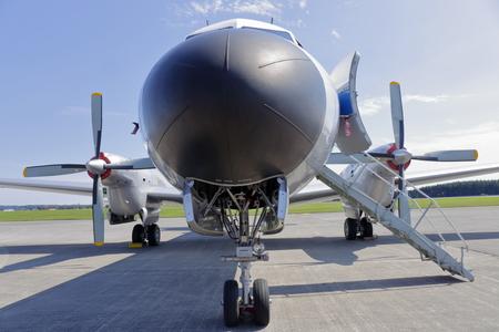 輸送機 (YS 11) 写真素材 - 69418259