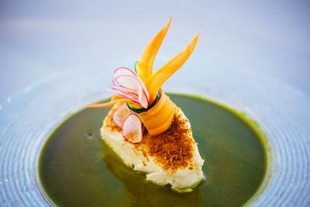 Vis schaaltje - visfilet in saus en groenten