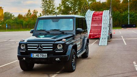 benz: Lviv, Ukraine - OCTOBER 15, 2015: Mercedes Benz star experience. The interesting series of test drives cars Mercedes-Benz G 55 AMG