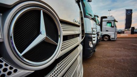 benz: Lviv, Ukraine - OCTOBER 15, 2015: Mercedes-Benz Actros. Mercedes Benz star experience. The interesting series of test drives