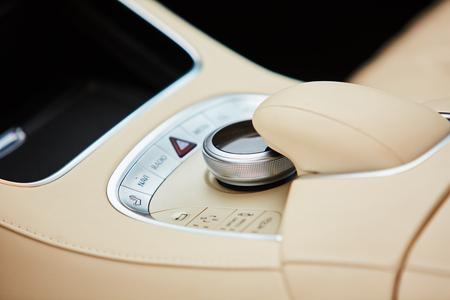 Detail of modern car interior, gear stick Banque d'images
