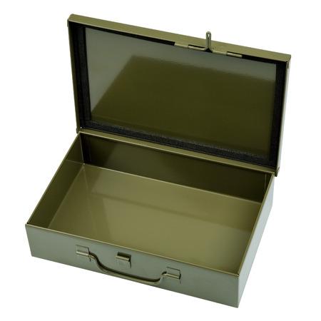 first aid kit: Metal Ej�rcito caj�n abierto y aislado en blanco Foto de archivo
