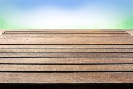 madera r�stica: Escritorio mesa de madera r�stica Foto de archivo