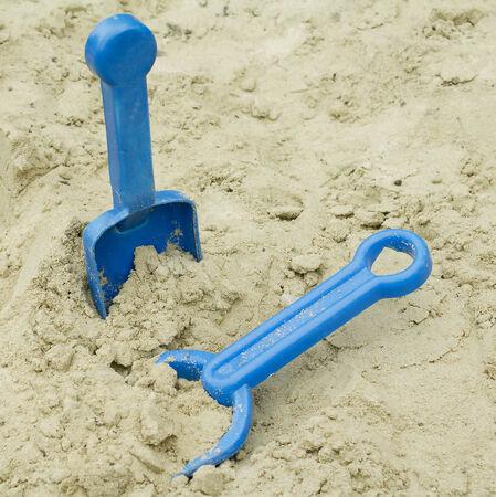 sandpit toy shovels