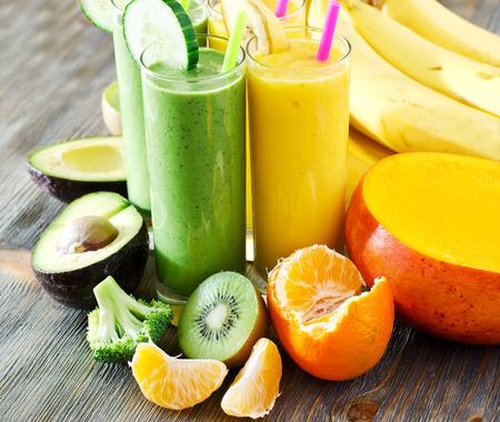라이프 스타일: 과일 및 야채와 함께 건강 음료