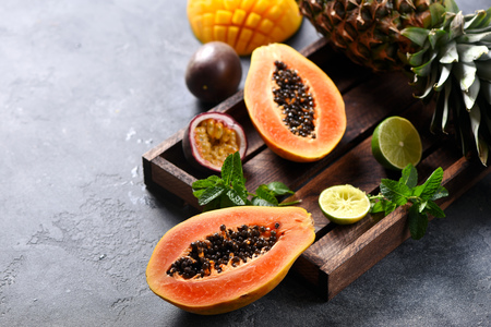 Papaya fruit, sweet ripe fresh papaya, raw vegan food Stock Photo