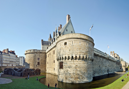 fortification: View at Castle of the Dukes of Brittany in Nantes from eastern tower Entrance in the right hand and the walk down from park place fortification walls Editorial