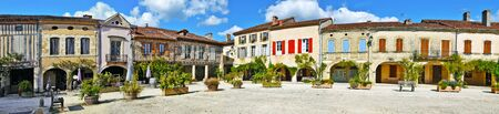 landes: Panorama of Royal square of Labastide d Armagnac fortified town, typical ancient bastide in Landes, Aquitaine, France