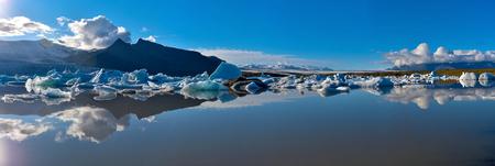 Panoramic view of Fjallsarlon Glacier Lake in Southern Iceland, Vatnajokull glassier. Vatnajokull National Park.