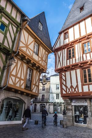 Vannes, France- November 4, 2018 In the old historical Vannes town center, the street view. French Brittany 報道画像