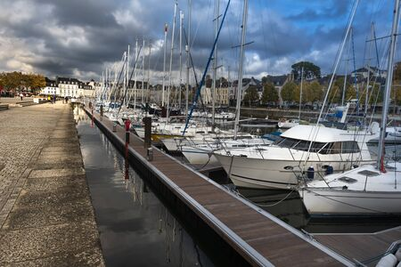 Vannes, France November 4, 2018 The Port of Vannes City as seen along the Quay of La Marle river in the direction of Gambetta square. French Brittany. 報道画像