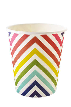 Disposable paper cup with colored lines. Isolated on a white background. Carved with a pen tool. Standard-Bild