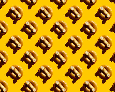 bagels on yellow background pattern 版權商用圖片