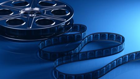 rollo pelicula: rollo de película con la tira de película Foto de archivo