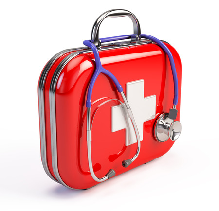 Stethoscoop en First Aid Kit Stockfoto