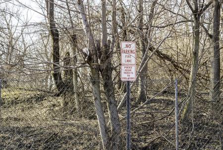 obey: señal de advertencia mejor obedecer o bien conseguir multado