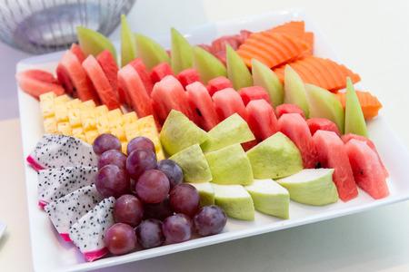 トロピカル フルーツ プレートの選択