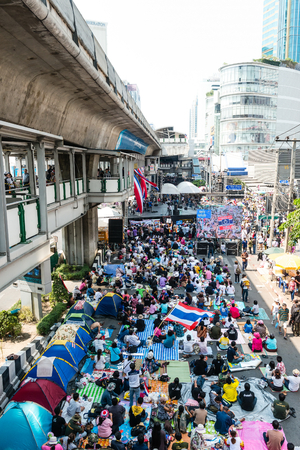 undemocratic: BANGKOK - FEBRUARY 2: Large crowd of Thailands protest against the government at central Bangkok on February 2, 2014 in Bangkok, Thailand.