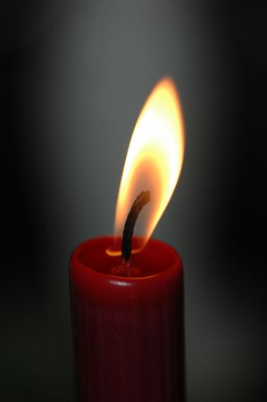 flickering: single red candle,flame