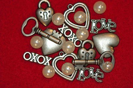 xoxo: stock photo of clip art with hearts and keys and XOXO,pearls