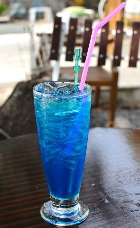 Blue Hawaii alcohol cocktail