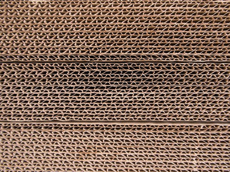 edges: The edges of Tri-wall corrugated paper