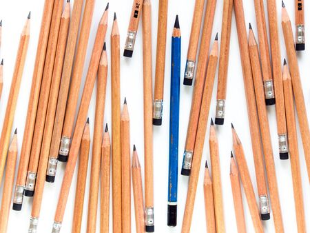 messily: Old EE pencil in the group of new 2B pencils
