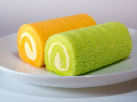 Green pandan and Orange flavor roll cake