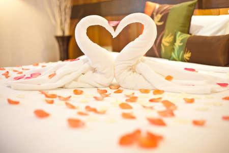 wedding bed Stock Photo - 16013469