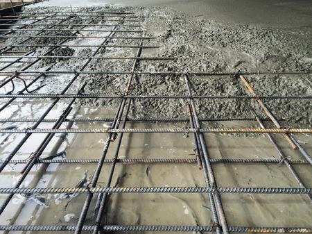hormig�n: El vertido del hormig�n en obra de construcci�n