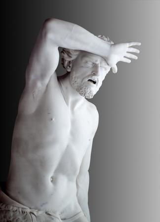 聖書のカインの苦悶の大理石像。ロシアのサンクトペテルブルグでエルミタージュ 写真素材